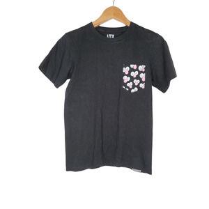 Uniqlo Kaws  Black Short Sleeve T-shirt